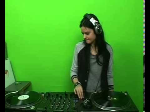 Olga Bohan @ RTS.FM - 04.04.2011