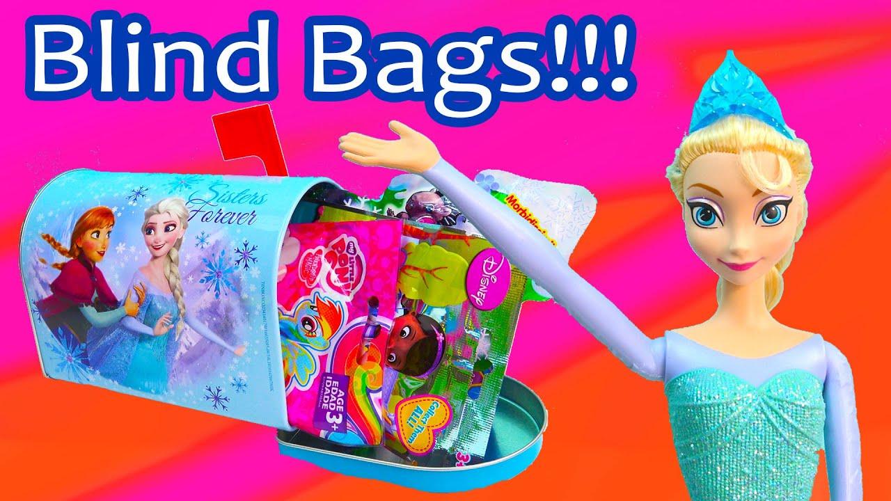 Queen Elsa Anna Sisters Forever Disney Frozen Blind Bag