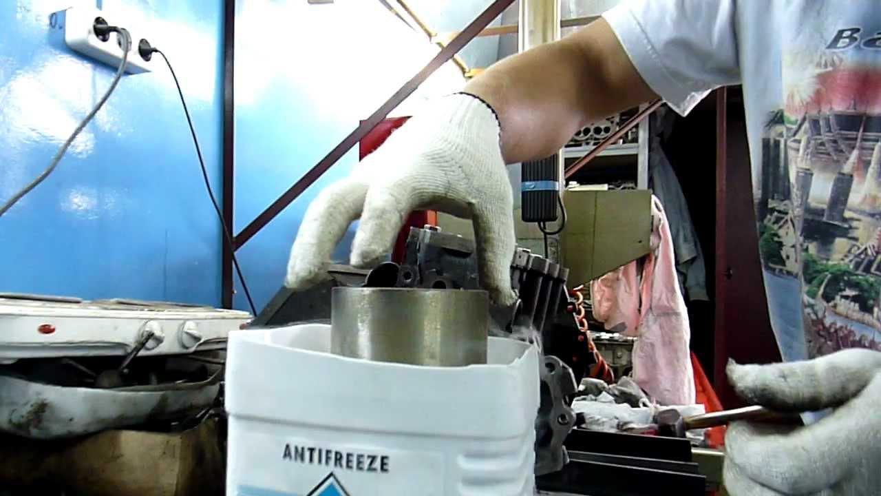 Galant vr-4 6А13 Вставляем гильзы с жидким азотом... 1