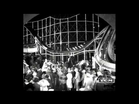 Sunrise (1927) - Carnival Scene