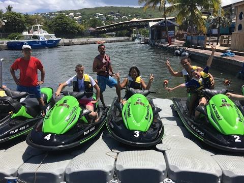 Jet-ski entres ami(e)s avec Jet ski Reunion