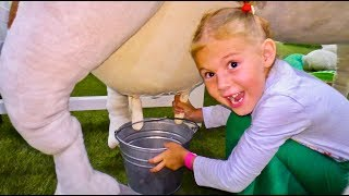 Vania and Mania pretend play with Farm | Professions for kids in the Children's museum