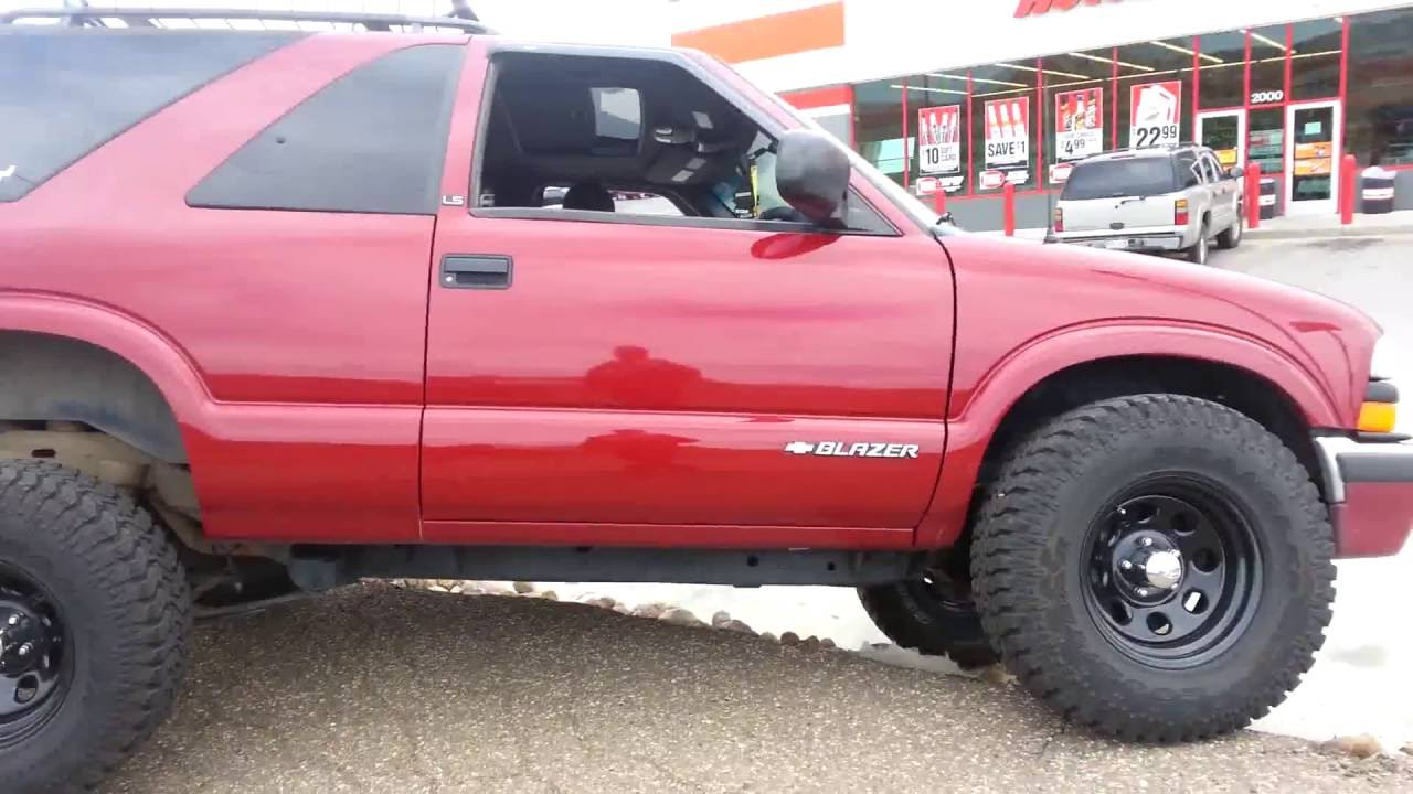 small resolution of 97 jimmy 2 5 inch suspension lift and 2 inch body