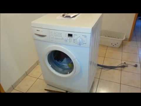 changer ses amortisseurs sur un lave linge bosch washing machine shock absorbers change youtube. Black Bedroom Furniture Sets. Home Design Ideas