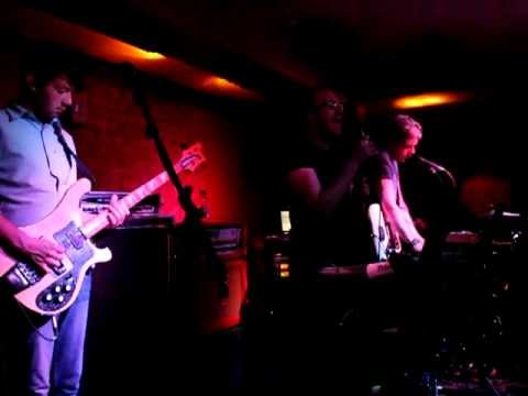"""""""Opposites Attract"""" (Live at Buffalo Bar) - FRIENDS ELECTRIC"""