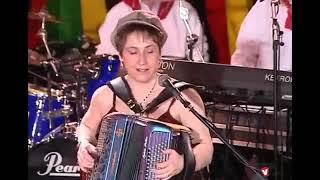 """""""Vive les chansons d'Auvergne """" par Sylvie Pullès"""