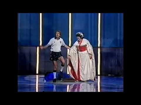 Ann Howard and Eric Idle (Always look on the bright side of life). Royal Variety Performance 1991