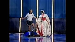 Ann Howard And Eric Idle Always Look On The Bright Side Of Life Royal Variety Performance 1991