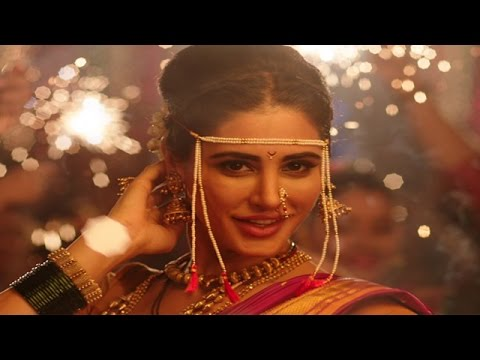 Nargis Fakhri To Wear A NAUVARI SAREE In