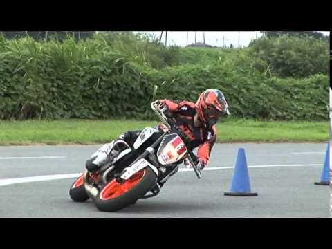 2015 7 19 Dunlop Moto Gymkhana Ohtaki 選手 KTM 690DUKE heat 2