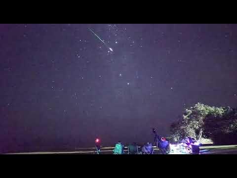 Hujan meteor geminid 13 s/d 17 desember 2017 di belahan dunia paling bagus liat jam 04.00