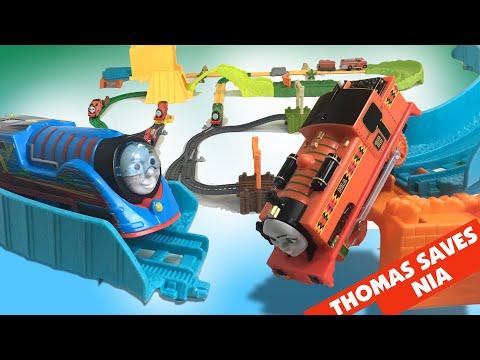 3 BIG WORLD BIG ADVENTURES Thomas & Friends TrackMaster Movie Sets Layout : Thomas Saves Nia