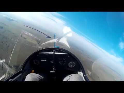 Flying ASK18 in Club de planeadores La Plata. Fly Ranch, Buenos Aires.