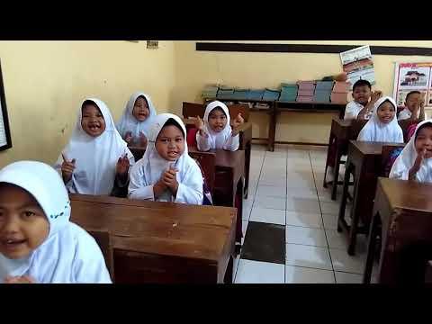 Nyanyian tepuk Al-fatihah SD N Rowosari Limpung Batang