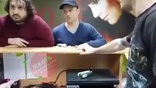 Потасовка в мастерской по ремонту телефонов в Краснодаре