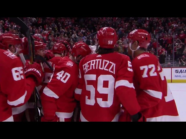 Nielsen, Howard lead Red Wings in SO to defeat Rangers