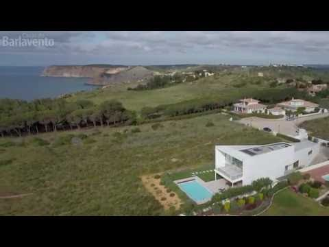 Spectacular property on the seafront with beautiful views