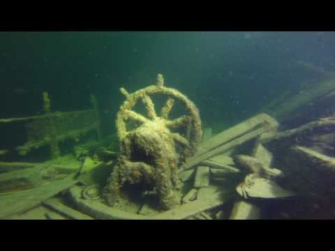 Baltic sea wreck diving S/S Isbjörn with gopro JJCCR
