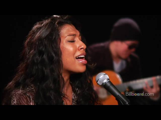 Melanie Fiona - It Kills Me (ACOUSTIC LIVE)