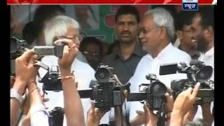 DNA issue on top in Bihar elections; Nitish-Laloo joint PC postponed to tomorrow