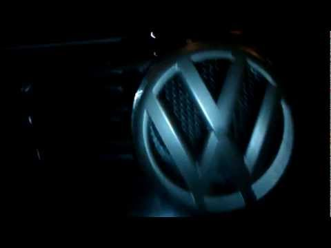 How to remove Volkswagon emblem