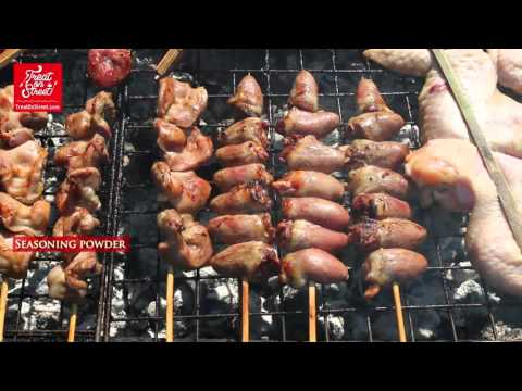 Cambodian Street Food   Grilled Chicken - Poipet Cambodia Border   Most Popular Asian Street Food