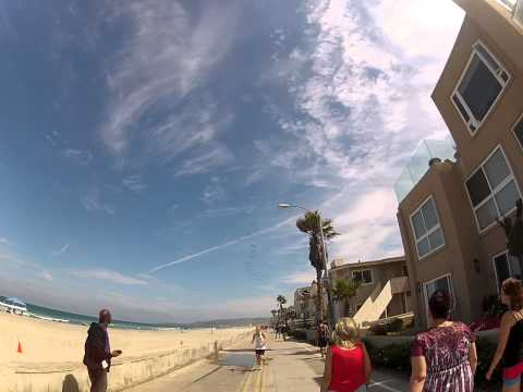 Run on the boardwalk from Mission Beach to Pacific Beach