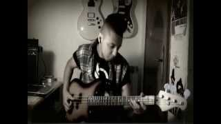 Robin Thicke - Blurred Lines ft. T.I. Pharrell - Bass Cover by Romeo Fortunato
