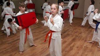 Ostro��cki Klub Karate Kyokushin na obozie w Z�bie (2)