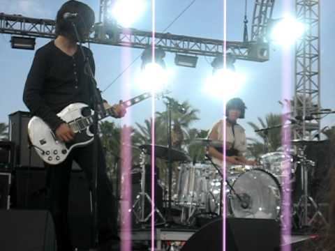 Autolux - unreleased song from new album live @ Coachella 08