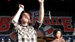 Valencia @ Bamboozle Left 2009 - Better Be Prepared (4.4.09)