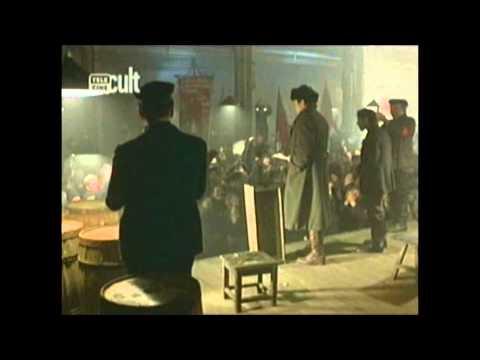 Cena sobre a Revolução Russa no filme REDS