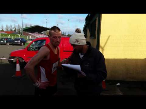 Gavin Lynch runs his best time ever. vid by www.thefinest.ie