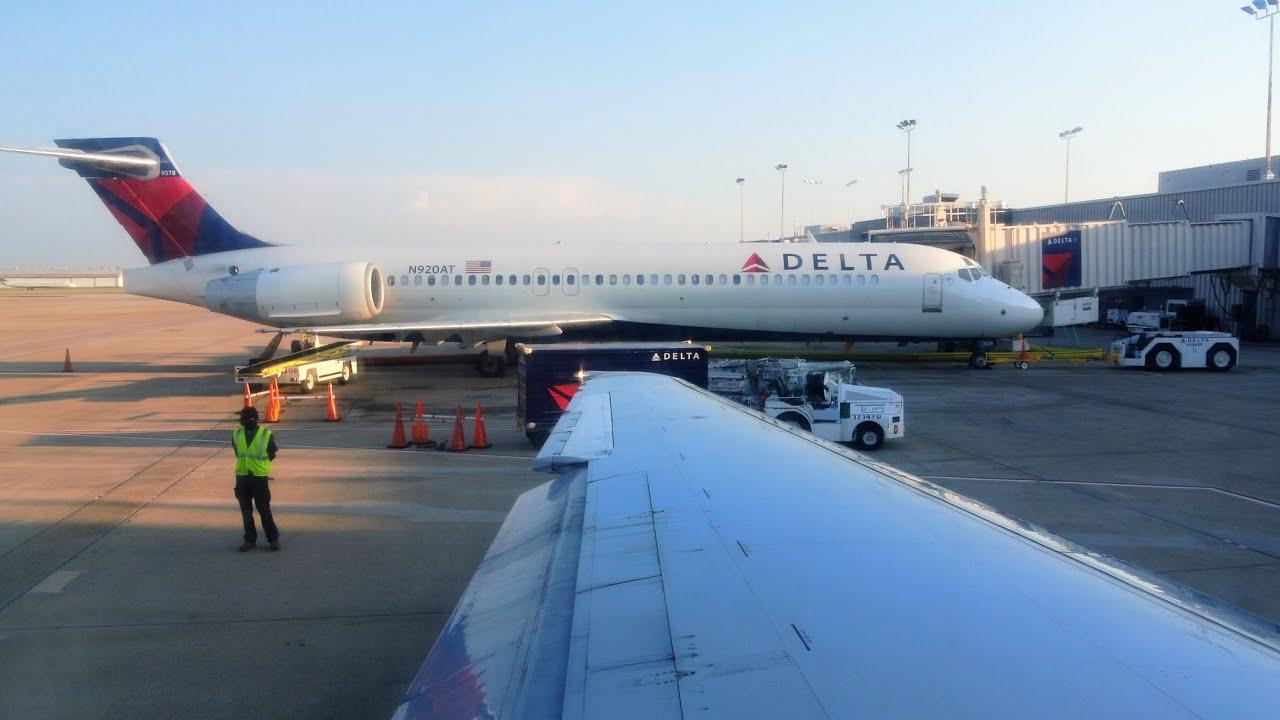 Taxi Takeoff from Atlanta ATL 717200 Delta