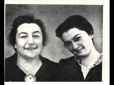 Мария Гринберг и Ника Забавникова. Полька из музыки к драматическому спектаклю Евгений Онегин.