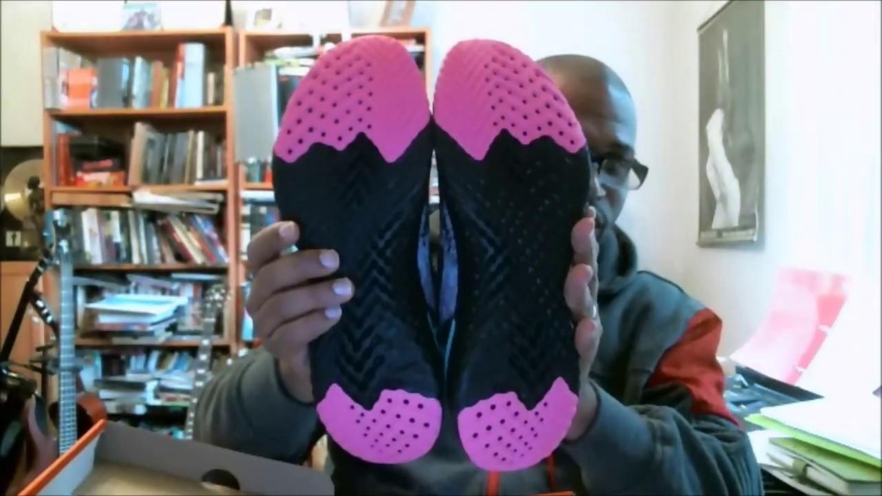 4a3562bf3c497 Nike Epic React Flyknit South Beach Black Black-HyperJade BV1572-001 ...