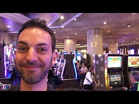 ✦LIVE STREAM✦ Gambling in Las Vegas  **Low Betting, High Drinking** with Brian Christopher