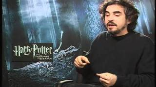 Repeat youtube video Harry Potter 3 - Alfonso Cuarón Spanish promo /Entrevista