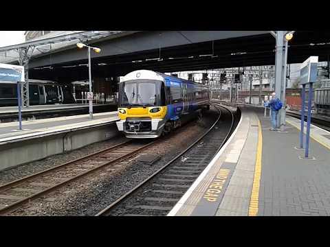 Trains at: London Paddington, GWML, 08/09/18