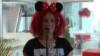Sharon Doorson -  Mysterious Girl (live bij Mattie & Wietze) // Q-music