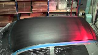 Plasti Dipping a roof of a Volkswagen Golf IV