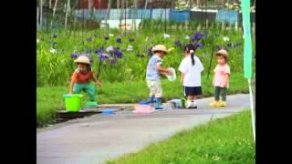 可愛い子供たち を見守ってくださいね。 ふれ逢い橋 長山洋子 https://w...