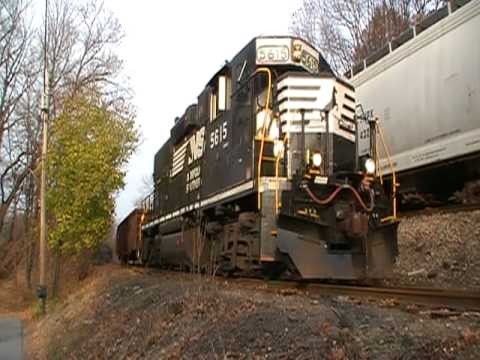 "Norfolk Southern ""2 way meet"" at Greycourt Junction, New York"
