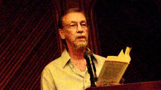 RAFAEL ESCOBAR DE ANDREIS lee sus poemas. Plenilunio 86. Cali.