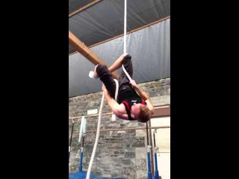 Corde Lisse (Rope) Tutorial - 8 - Catchers Hang/Hip Lock