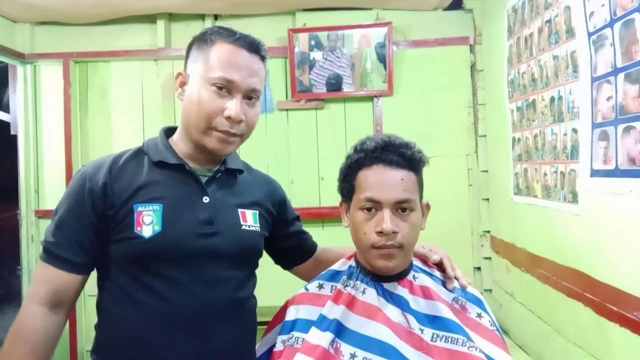Cukur Rambut pria | Mas Febriyanto - YouTube