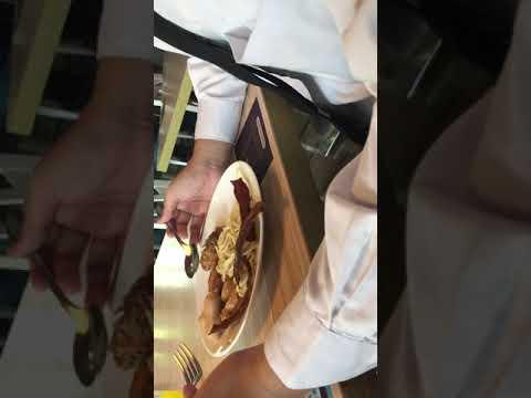 Cara Bantu Orientasi Tunanetra saat Makan di Restoran dan Hotel | Get Closer with VIP