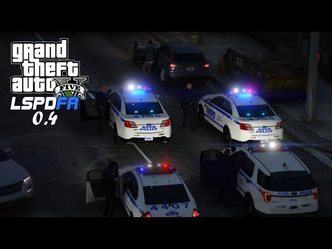 GTA V - LSPDFR 0.4 - NYPD Car Chases!