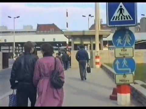 Berlin  Checkpoint Charlie   Grenzübergang Friedrichstraße