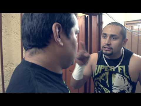 Ricky Marvin y Super Fly enfrentamiento en backstage - AAA Worldwide